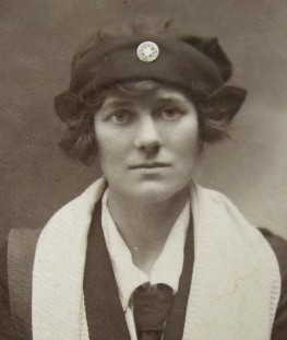 A photograph of Veronica Nisbet